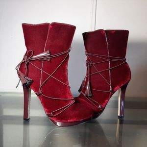 NWOT burgundy  tall ankle boots super high heel